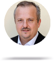 Michal Nalevanko - expert na financie
